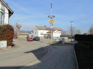 Sportgaststätte, mit Blick auf die Tanzhalle in Frankenthal - Stundernheim